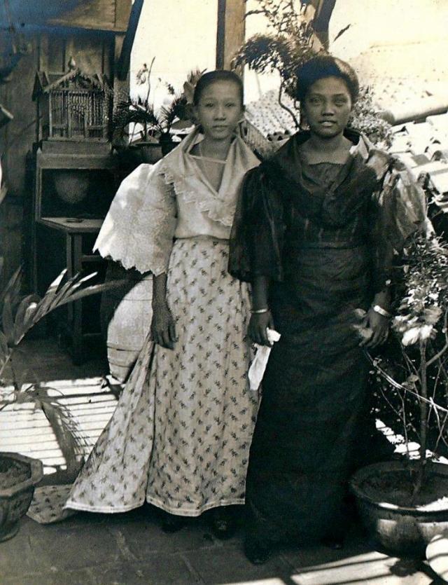 Women in Manila