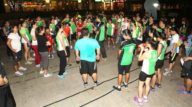 2_The country's biggest running program MILO R2-APEX Running School sets pace for wellness in the Philippines with elite training workouts and sports medicine based running principles.