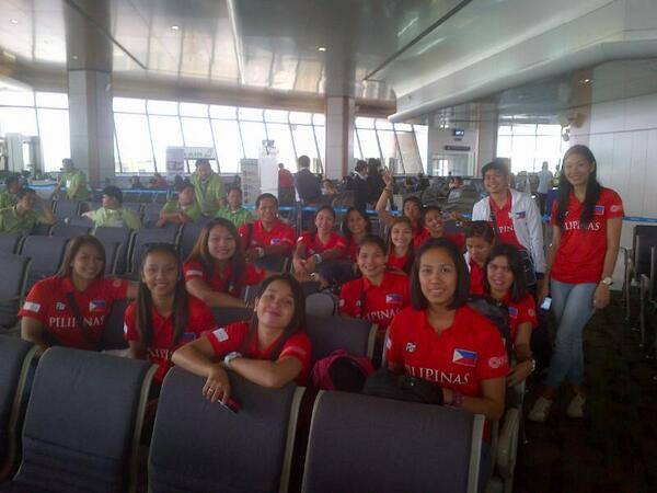 Power Pinays to Thailand at the Airport