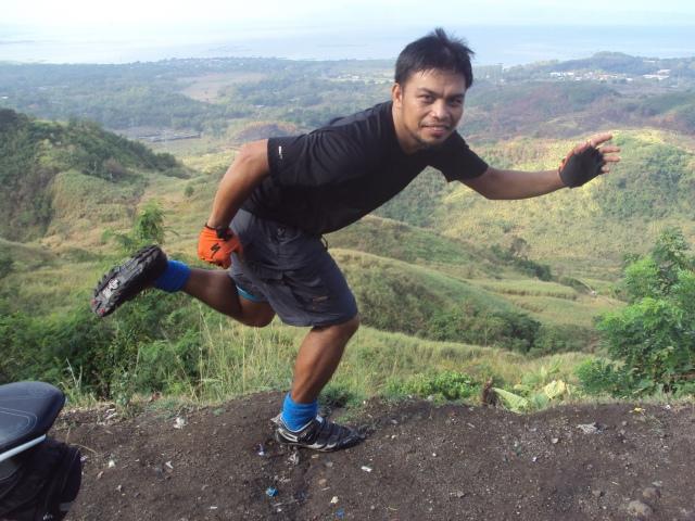 Kalongkong Hiker Laguna Loop 2 (4)