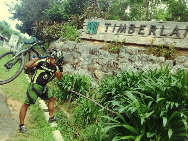 Kalongkong Hiker on Crashing Safely