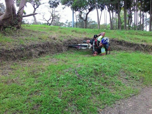 Kalongkong Hiker banking