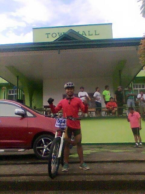 Rogelio Franco - Kalongkong Hiker (1)